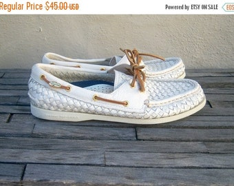 FLASH SALE Sperry Top Siders boat shoes ~ WOVEN white leather ~ Excellent condition / summer slip on loafers ~ womens 9, men 7.5M