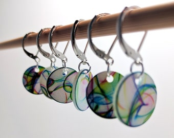Abstract Rainbow Stitchmarkers, Knitting stitch markers, Crochet stitch markers, Snag-free stitchmarkers, Knitting Markers, Progress Keepers