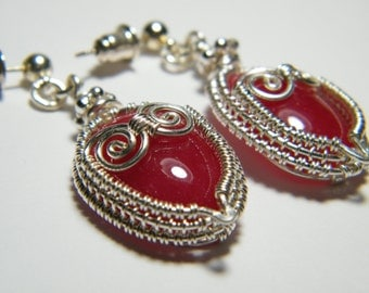 sale // Woven wire wrapped Mountain Jade lovey dovey owl earrings