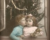 ON SALE French Christmas, Pierre and Jeanne in a Christmas Window - French Postcard Scan, Gift Tag -Instant Digital Download FC032