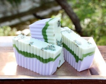 Handmade Shea Butter Soap - Lavender Mint Soap // Gifts for Her