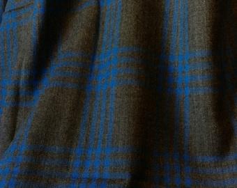 Is it Blue or is it Black? COZY Wool fabric