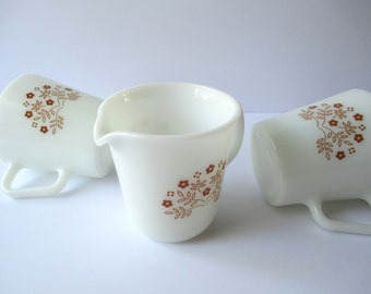 Vintage Pyrex Summer Impressions Ginger Two Cups and a Creamer Set - Retro
