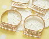 2 pcs  Open Back Bezel Charms for Resin / Snow Dome / Gold (36mm41mm)  AZ329