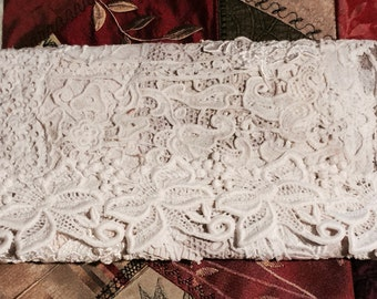 Ivory Bride purse, lace clutch, Victorian clutch, Brides tote, lace purse, gift for bride, bridesmaid gift, jewelry keeper, elegant clutch