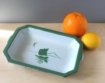 Klafrestrom Sweden enamel cast iron dish. 1930s Scandinavian cookware.