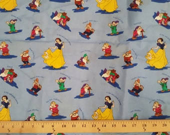 DISNEY Snow White & seven dwarfs fabric 1/2 yd