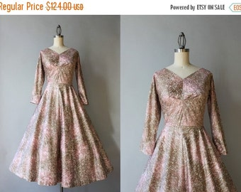 STOREWIDE SALE 1950s Party Dress / Vintage 50s Pink and Gold Cotton Dress / Demure 1950s Full Skirt New Look Dress