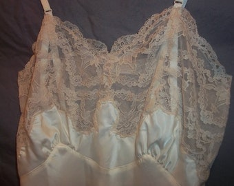 Bias Cut Cream Beige Lady Lynne Vintage 50s Silk Nylon Blend Full Slip 34 Extra Lacey Long