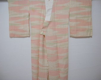 Vintage juban S182, off white and pink, silk
