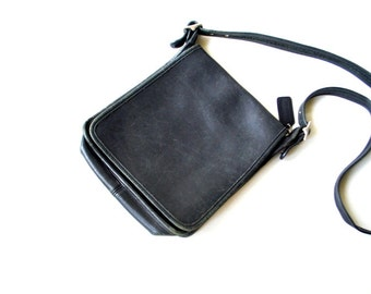 Classy vintage 90s  charcoal black, distressed genuine leather , studio flap #9144,crossbody, messenger,  hobo, military style, Coach bag.