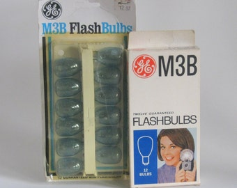 Two Vintage Packs of M3B Flashbulbs