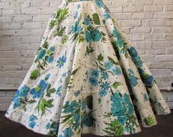 "Vintage 1950s Floral Print Rockabilly Swing Corded Cotton Full Circle Skirt, 24"" waist"