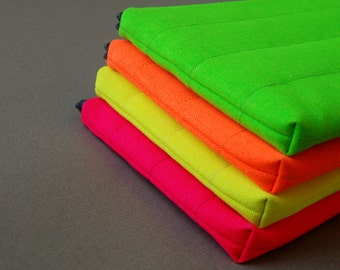 Laptop Case, for MacBook, Dell, HP, Lenovo and other models, Padded/Canvas, Neon.
