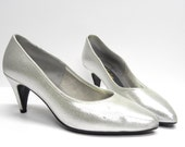 CLEARANCE notorious silver princess dancing shoes. Pinup girl sparkly pumps . Were 25 now 12