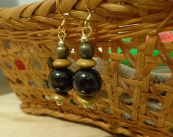Wooden drop earrings