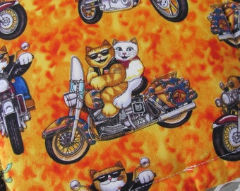 Pot Holders/ Trivets, 2 Cotton Pot Holders,Whimsical Cats on Motorcycles