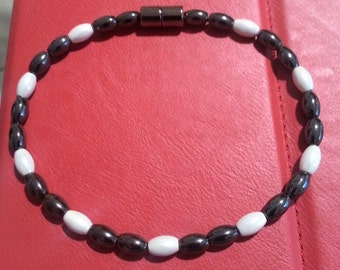 Black and White Totally Magnetic Anklet