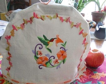 Cozy Ruby Throat HUMMINGBIRD & BUTTERFLY Teapot COSY Embroidered White Linen, Bird Morning Glories Daisy Edge Trim, Flannel Lined 9 x 14