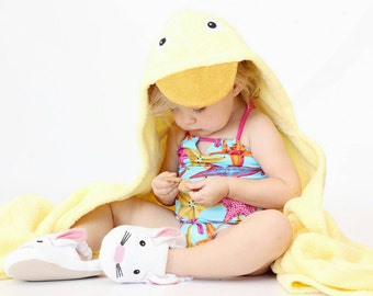 Yikes Twins Duck hooded towel
