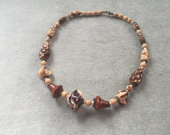 Art Deco Czech Glass Beads / Marbled in Shades of Brown and Beige