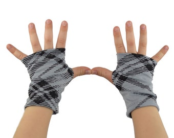 Toddler Arm Warmers in Distressed Grey Plaid - Fingerless Gloves - LAST PAIR