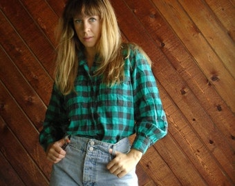 extra 25% off SALE ... Green Buffalo Plaid Flannel Button DOWN Grunge LS Shirt - Vintage 80s - S M