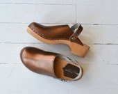 Coppertone Clogs | vintage metallic leather clogs | swedish wooden clogs 6.5