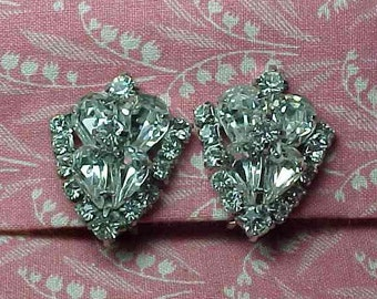 Vintage Ice Clear Rhinestone Sparkle Cluster Clip on Earrings