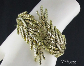 Bracelet Clamper Gold Tone wheat