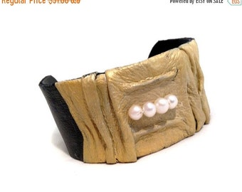 50% OFF SALE Stylish women's leather bracelet with pearls Cuff bracelet Leather jewelry  Leather jewelry Statement jewelry