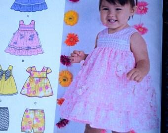 Simplicity 1471 Babie's Dress, Top and Bloomers (uncut) XXS-L