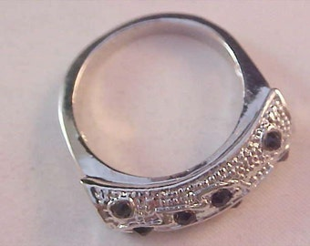 Exotic Upscale~Black Rhinestones~Silver Plated ~ Size 9 Ring