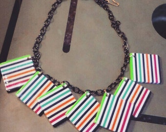 40s 50s Style Lucite Stripes Necklace