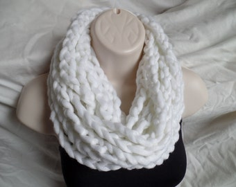 Crochet Infininty Rope Scarf
