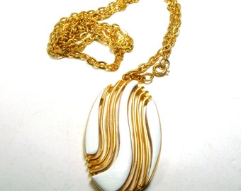 Art Moderne White Enamel Pendant on Gold Metal w Gold Chain, Mid Century 1960s Unused Shiny