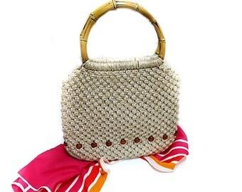 Handmade Macrame Handbag Purse Beige Wood Beads & Handle Vintage 1970s