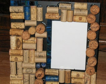 Wine Cork Picture Frame (holds 5 x 7 photograph)