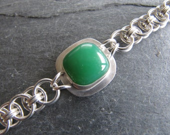 Bracelet of Chrysoprase and Helm Weave in Sterling Sivler