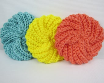 Kitchen Scrubby, Crochet Srub Pads, Spiral Scrubby, Housewarming Gift, Crochet Gift Idea, Yellow Salmon Blue Gift, dishware wash pad