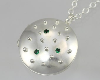 "Locket- Rain Droplet w-Stones,Med. (Emerald) (24"") (Made to order)"