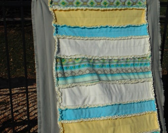 Adult Fleece and Minky Rag Quilt - 41  X 57 With Foot Pocket