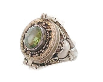 Poison Ring, Vintage Ring, Sterling Silver, Locket Ring, Size 7, Boho Bohemian, Ethnic Tribal, Faux Peridot, Faceted Green Glass, Unique