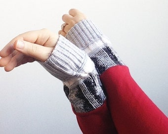 Sweater Arm Warmers, Red Fingerless Gloves, Red Texting Gloves, Valentine's Gifts Under 25, Organic Cotton Texting Gloves