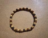 Bracelet Wood Beads and Chrysanthemum Gemstone Beads on Elastic Cord 8.75 Inches, Unisex Bracelet, Stretch Bracelet, Stress Relief Stone