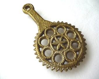 Vintage Brass Trivet, Decorative Trivet, Small Trivet, Vintage Housewares, Hanging Trivet, Gold Colored Trivet, Metal Trivet, Circles Star