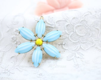 Yellow & Turquoise Flower Pendant with Vintage Melon Stones in Brass Setting 35mm