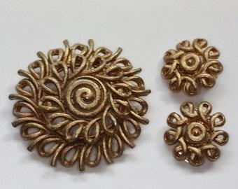 CIJ Sale Gold Tone Swirl Brooch and Earrings Set Signed Coro Vintage