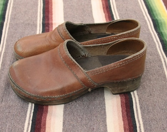 SALE Size 8/8.5 Vintage Leather Wooden Clogs Shoes 1970s