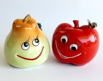 Vintage Inarco Apple Pear Planter Set Anthropomorphic Kitsch Kitchen Decor